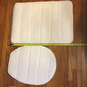 Other - 3 piece memory foam bath set.